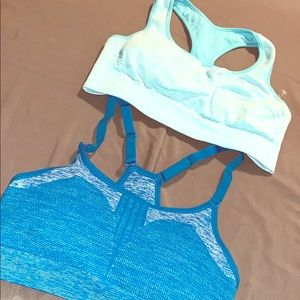 New wo tags sports bras